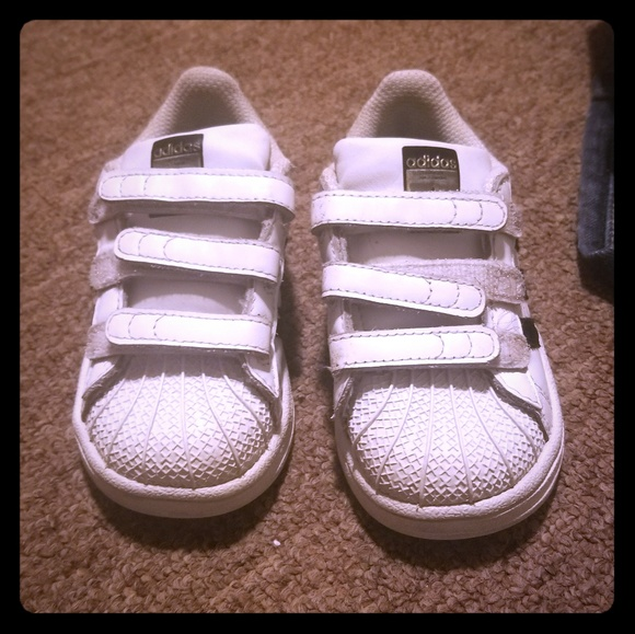 adidas Other - SOLD Boys toddler size 6 shell toe Adidas